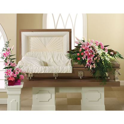 """Picture of F-001 """"Casket spray"""""""