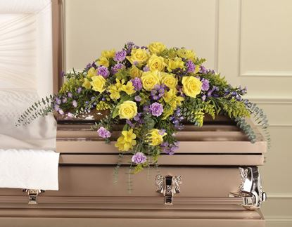 """Picture of F-017 """"Casket spray"""""""