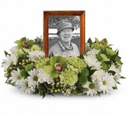 "Picture of F-070 ""Garden Wreath """